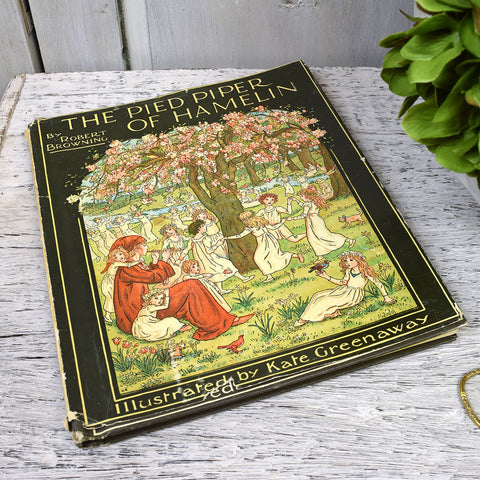 Vintage The Pied Piper of Hamelin Book.