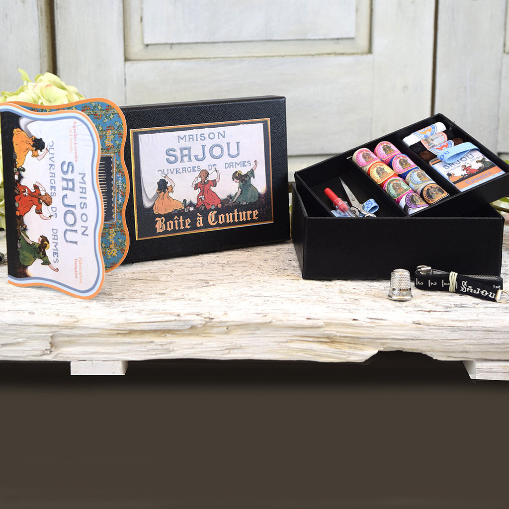 Vintage sewing box set