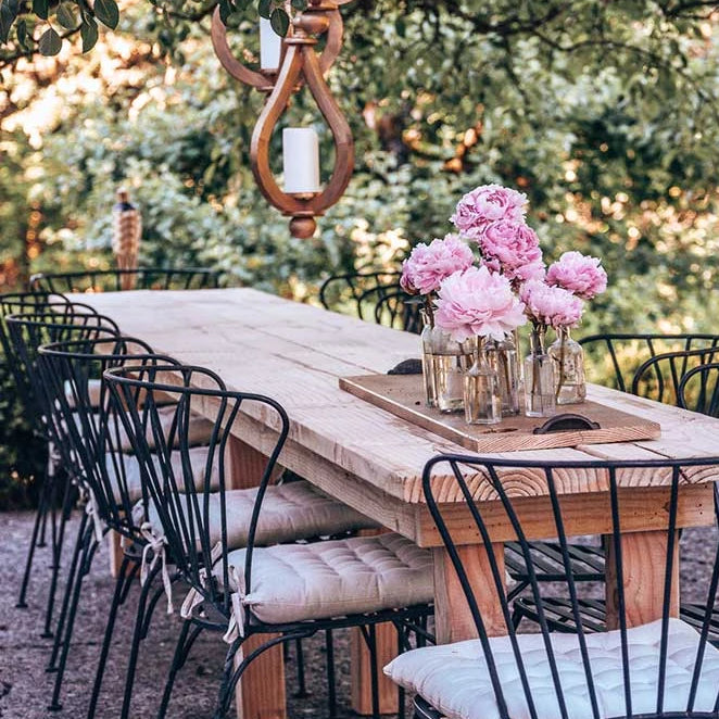 Outdoor Wood Table Plans E-Book