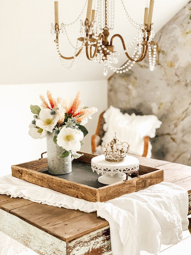 White Frayed Ruffle Table Cloth