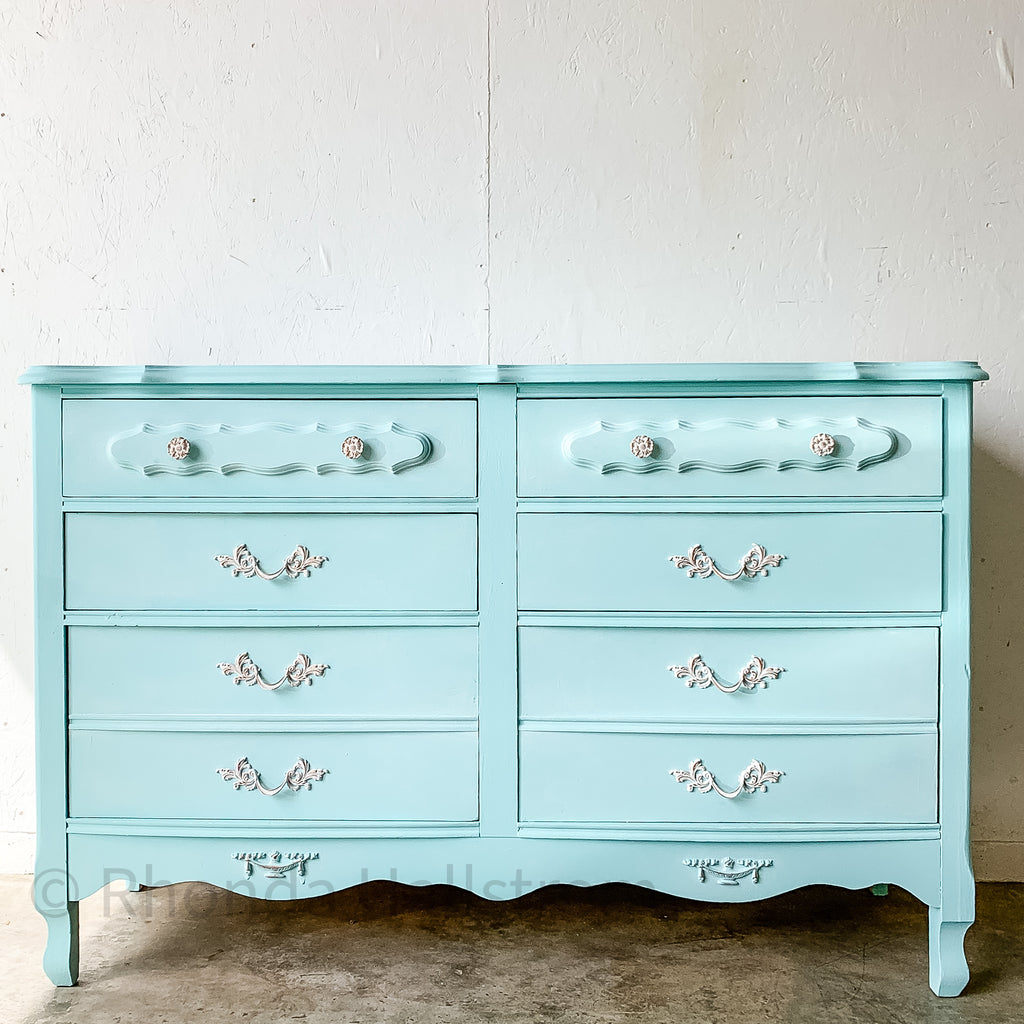 how to chalk paint DIY guide