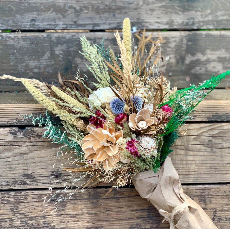 Dried flower bouquet- star flowers, dahlia, sola flowers, rice grass