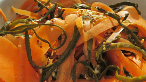 Seaweed Dish - Sea Spaghetti and Carrot Salad