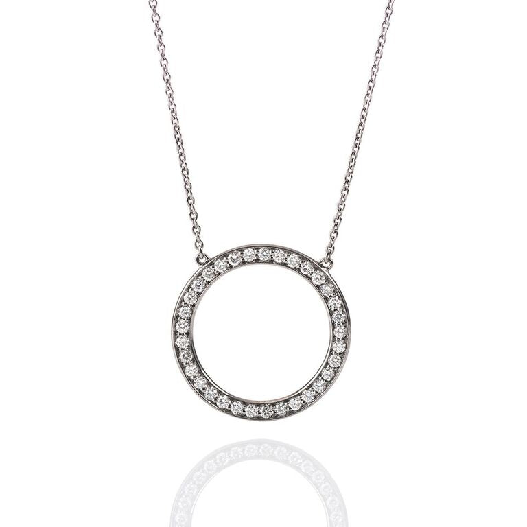 Circle-Silver-diamond-necklace