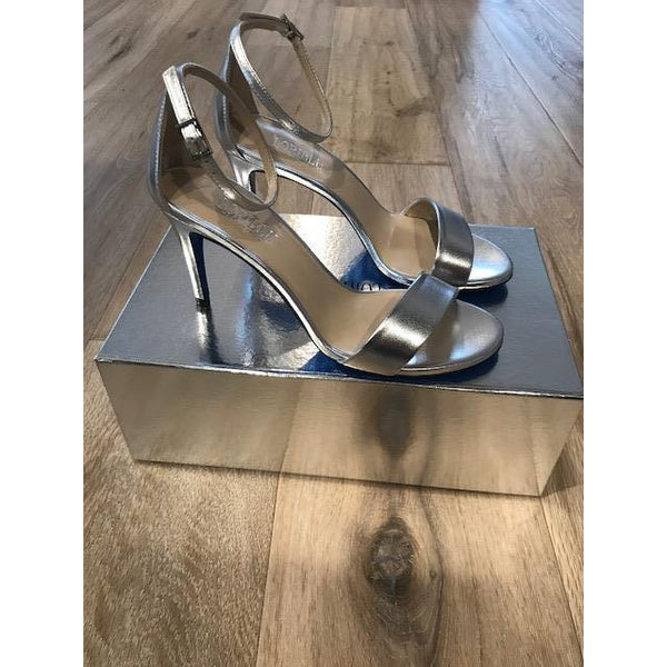 Silver Heel by Loriblu - The Perfect Provenance