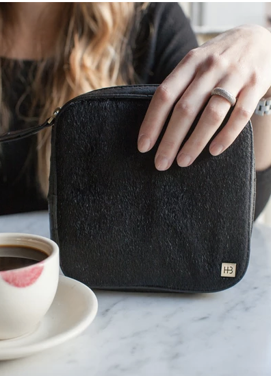 La Marias Black Jewelry Case by Hudson + Bleeker - The Perfect Provenance