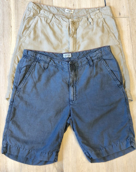 Linen Blend Shorts in Grey or Beige by Hartford