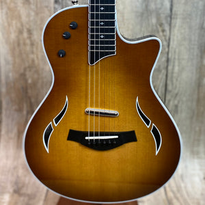 Taylor T5z Standard Honey Sunburst w/case