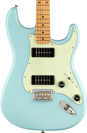 Fender Noventa Stratocaster MP Daphne Blue w/bag