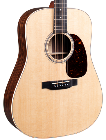 Martin D-16E w/soft shell case