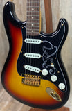 Fender Custom Shop Stevie Ray Vaughan Signature Stratocaster RW 3-Color Sunburst w/case