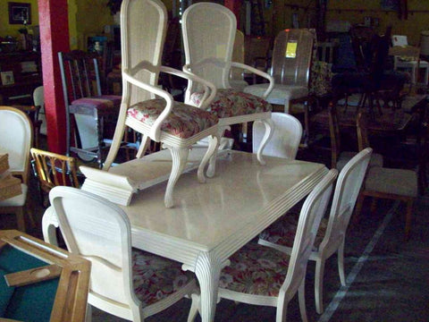 DEAL OF THE DAY 5 25 17 Dining Table 6 Chairs French Provincial