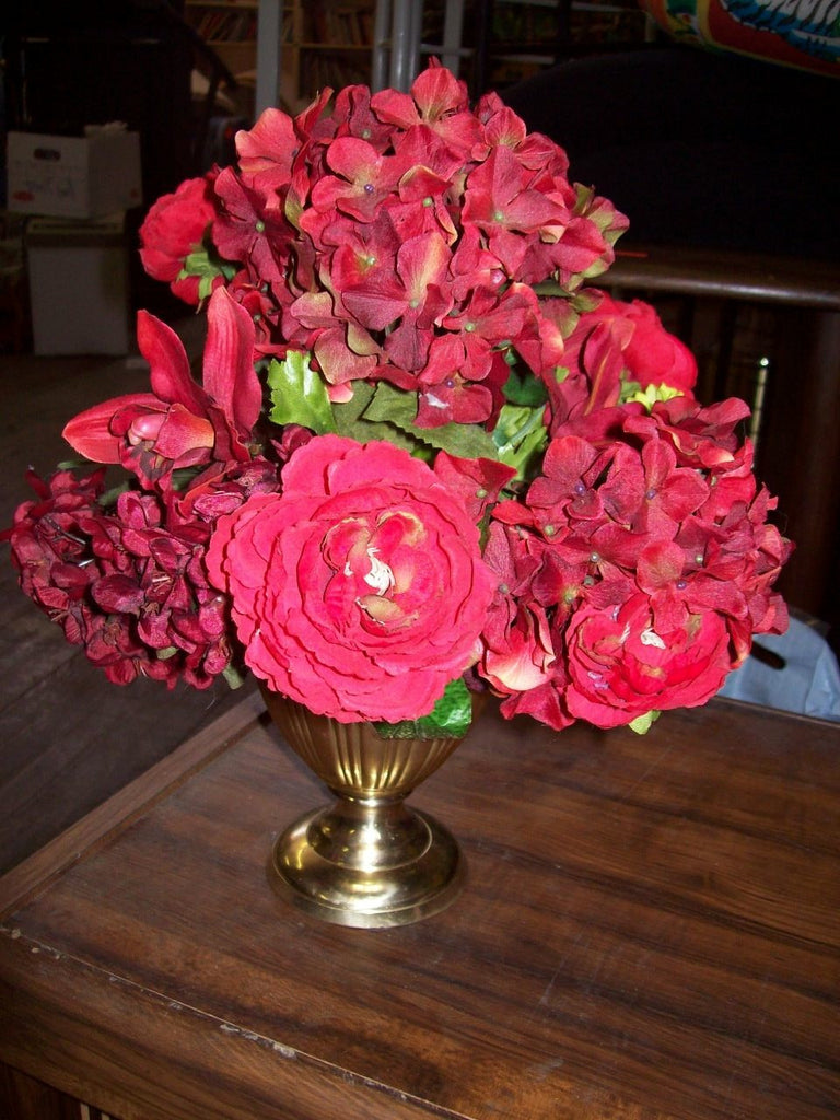 Faux floral arrangement 14222