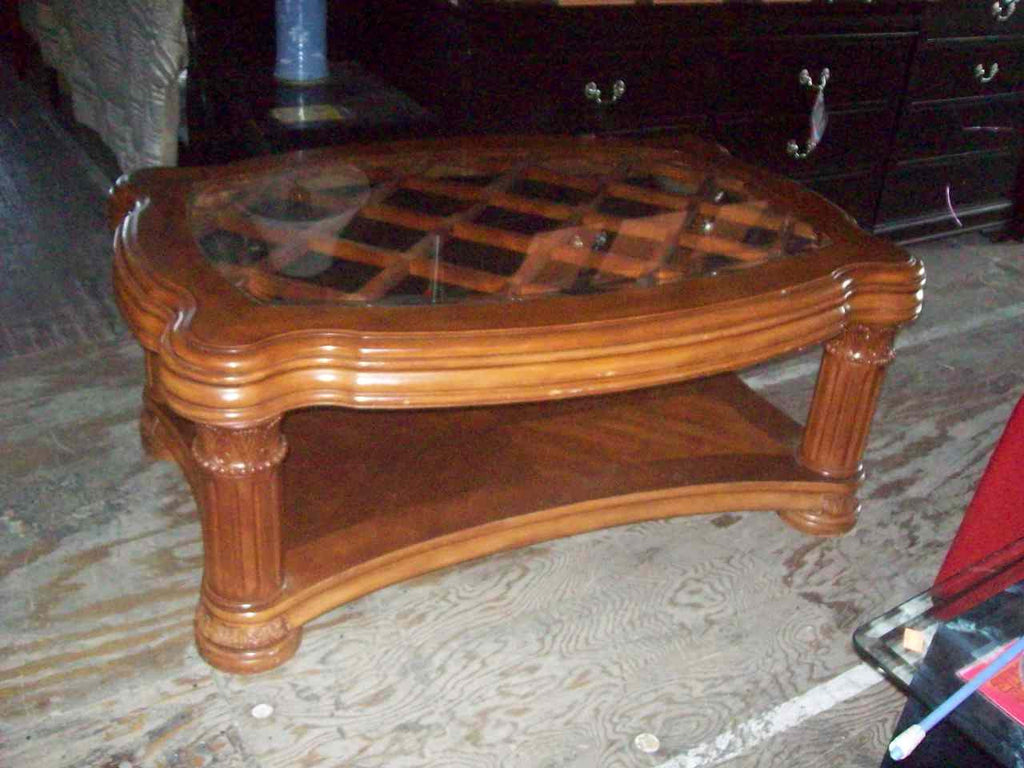 Glass top coffee table 16183
