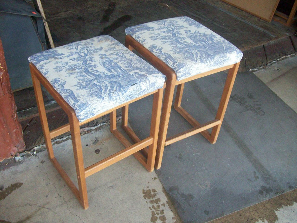 Backless barstools 16482