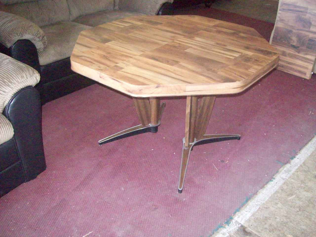 Retro dining table 16957