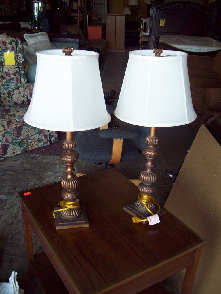Lamps w/ shade 17541