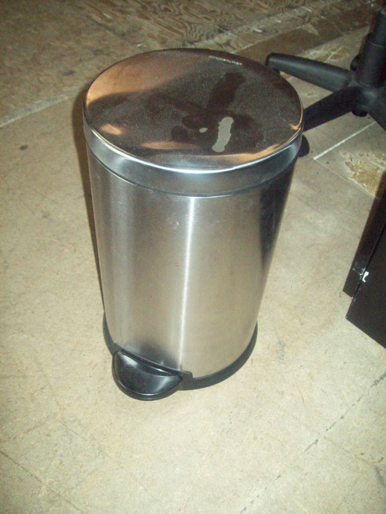 Stainless steel trash can 17589