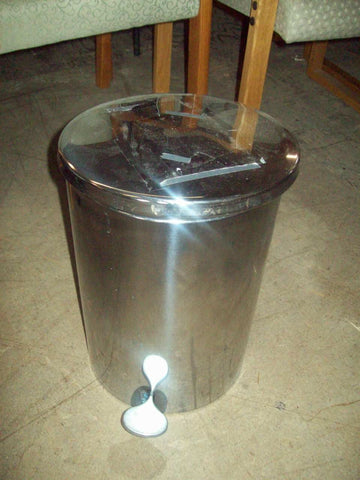 Chrome trash can 17590