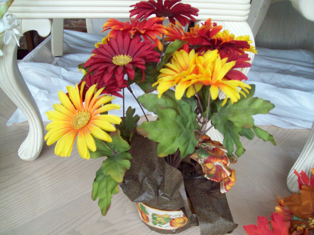 Fall floral arrangement 17700