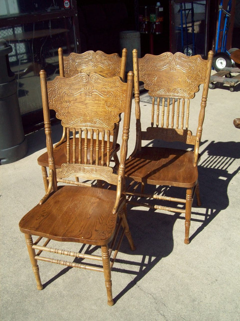 Oak dining chairs 18697