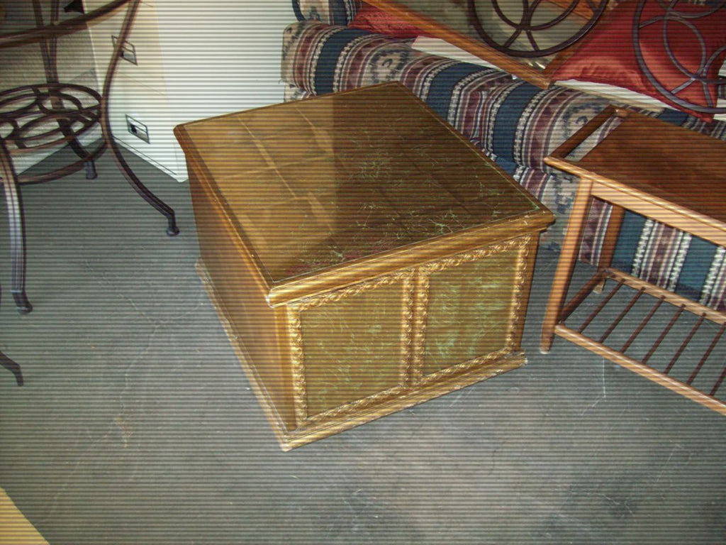 Rectangle gold end table 18807