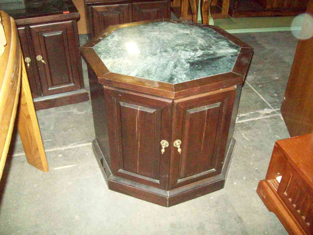 Octagon marble top end table 19190