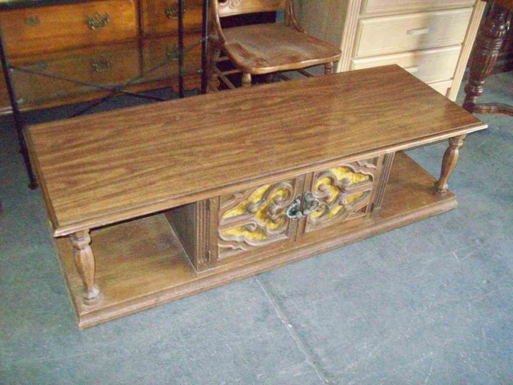 Coffee table 19490