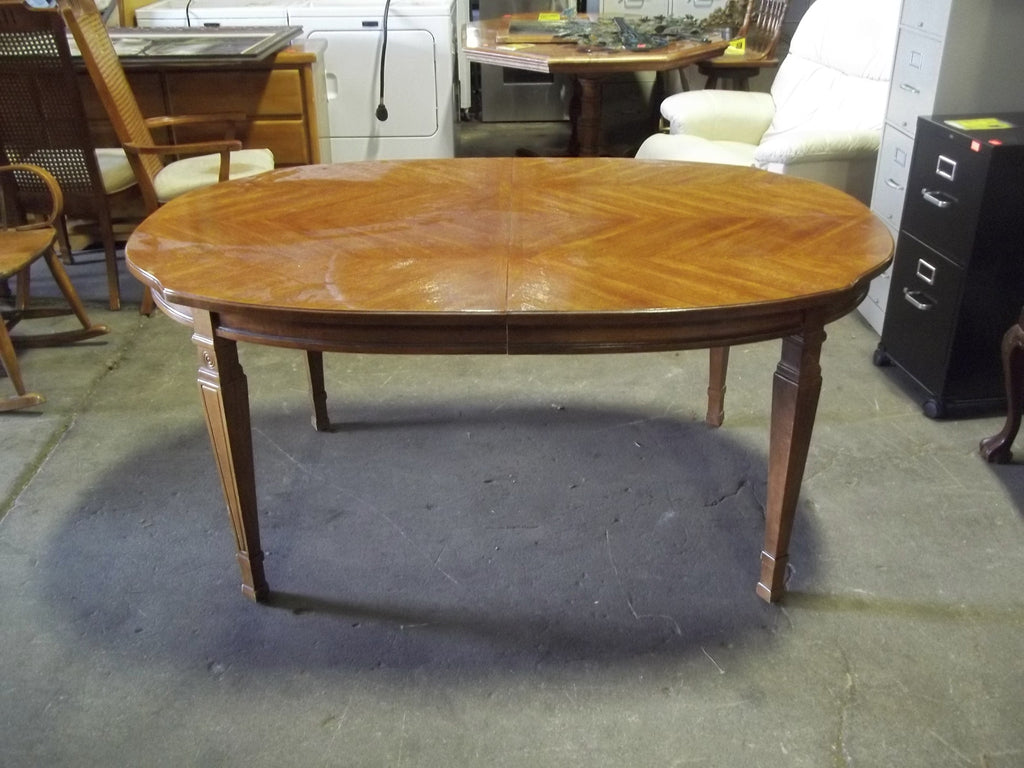 Dining table 2 leaves 19622