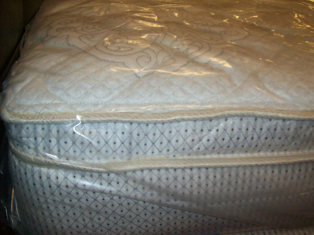 Queen Chivalrous MEMORY FOAM/innerspring mattress boxspring set NEW SV-1101S