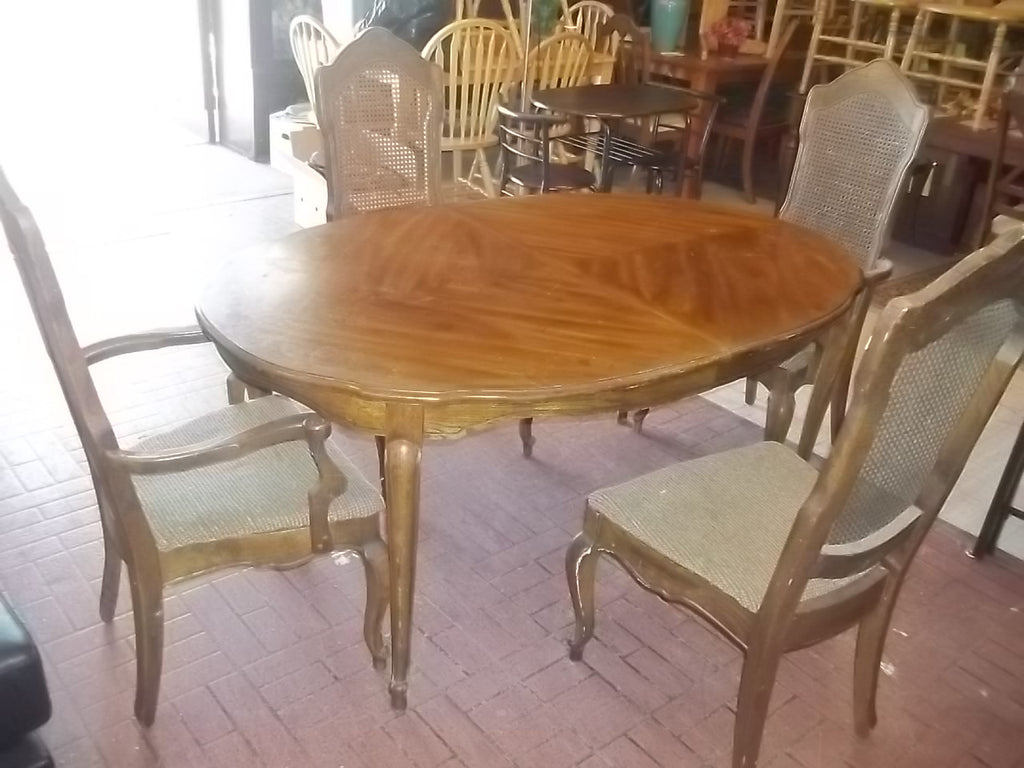 Dining table 4 chairs RB11817