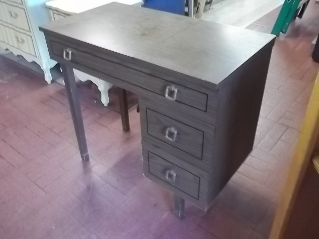 Sewing cabinet desk w machine RB10220