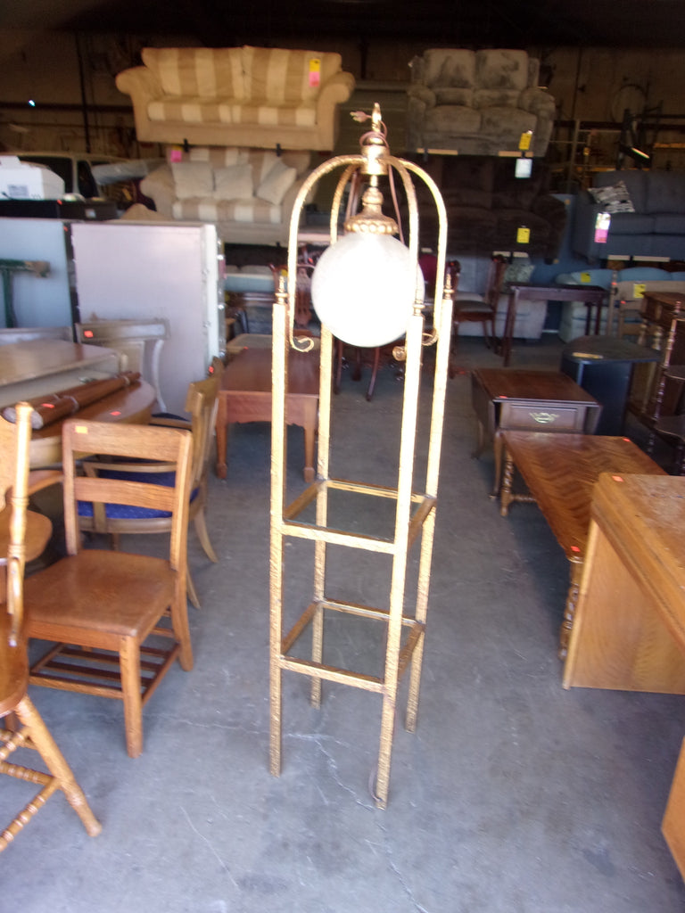 Gold lamp w glass shelves 20857