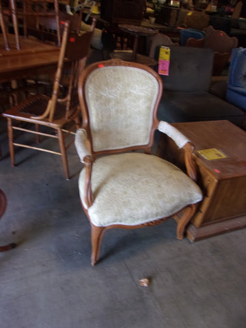 Antique accent chair 20873