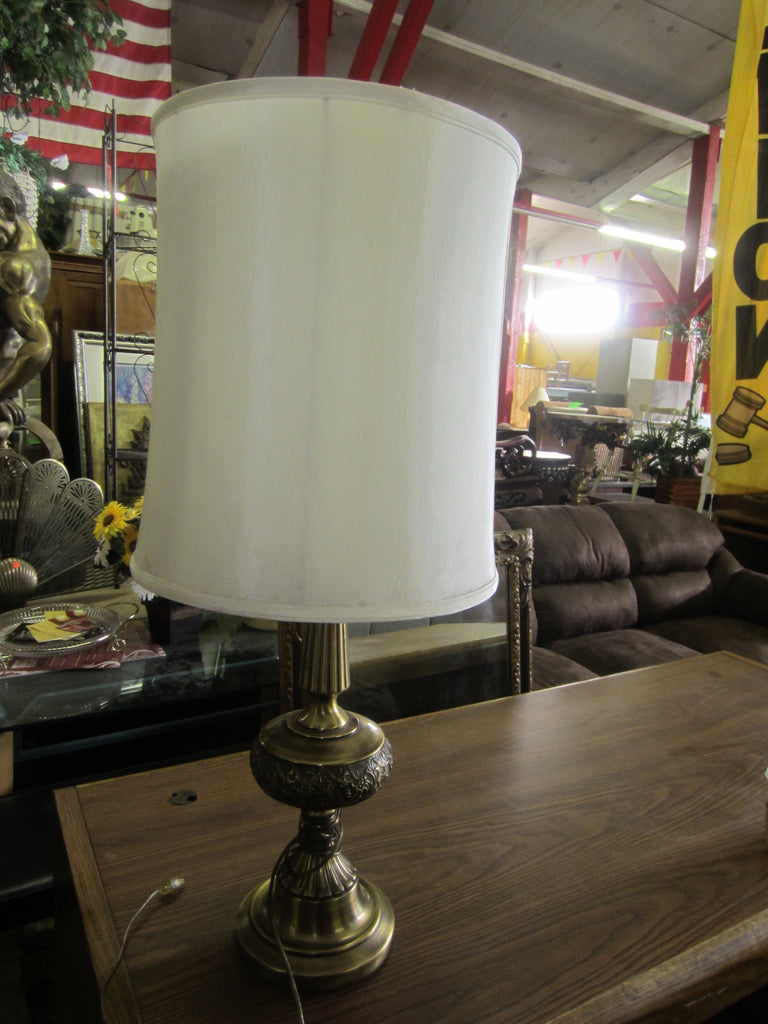 Lamp, tall brass 7765