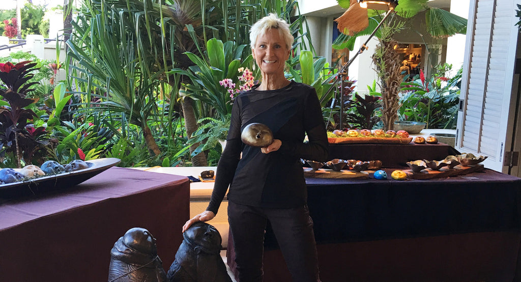 A Maui Artist Who Lives in Anatomie Travel Clothing