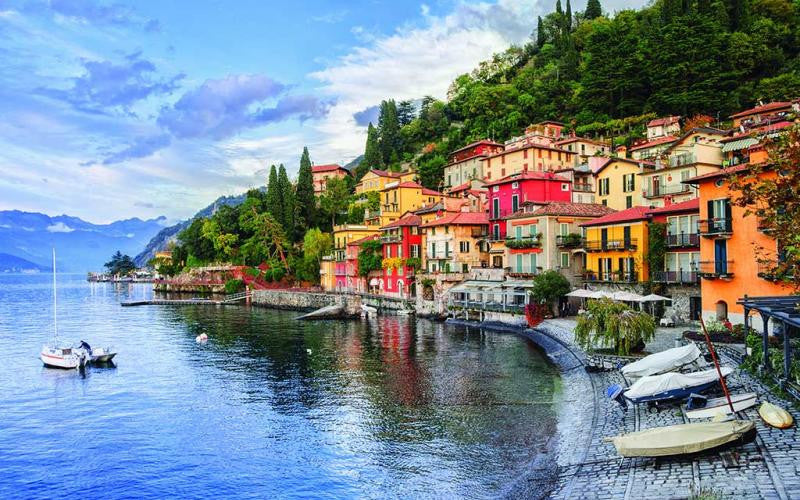 The stunning beauty of Lake Como