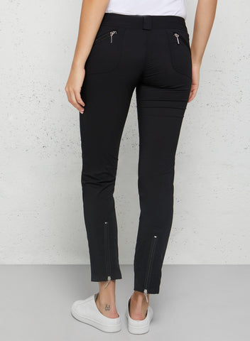 Packing Less with the Susan Skinny Ankle Pant