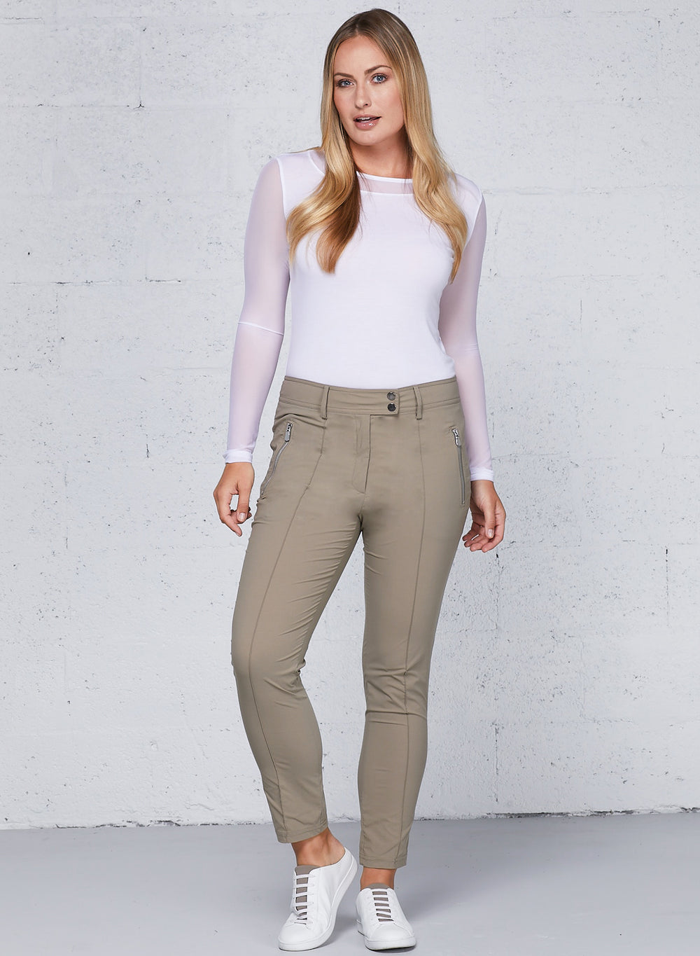 Khaki||||Essential_As8412_Peggy_Pant_7400-Khaki_2578-55.mp4