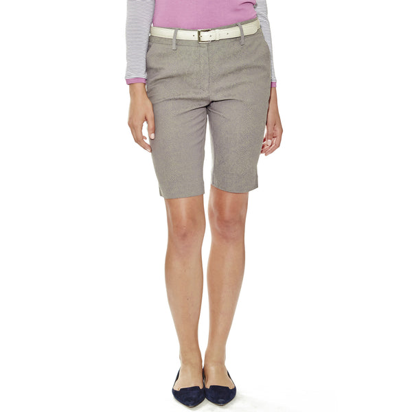 "5 Summer Stories 11"" Bermuda-length women's golf shorts, in grey snakeskin jacquard stretch fabric with two side seam pockets."