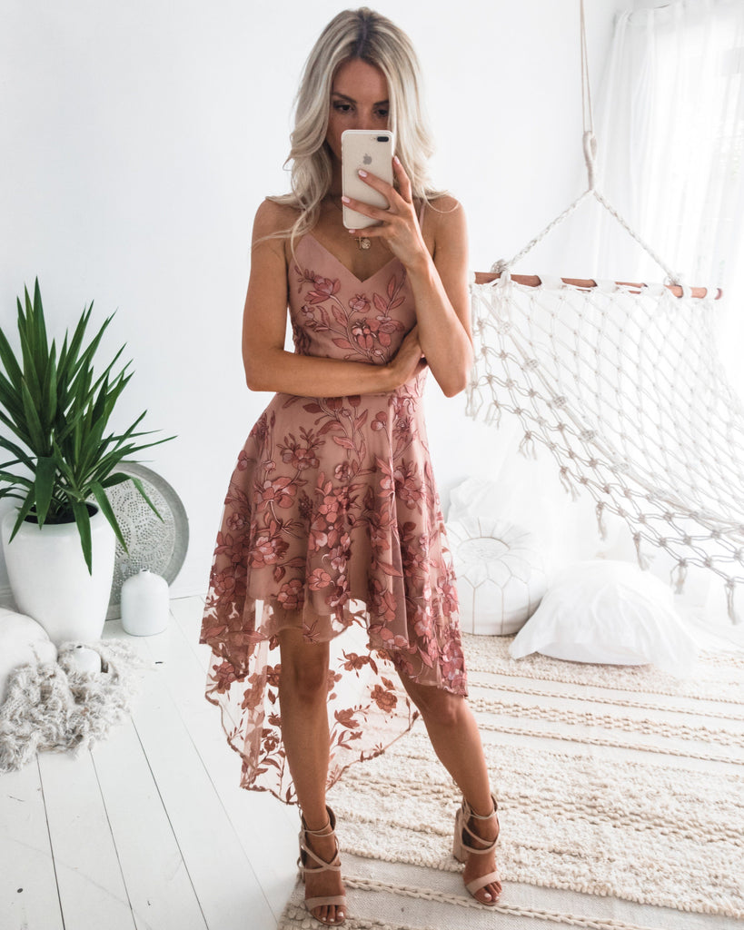 Saskia High Low Dress - Embroidery Rose