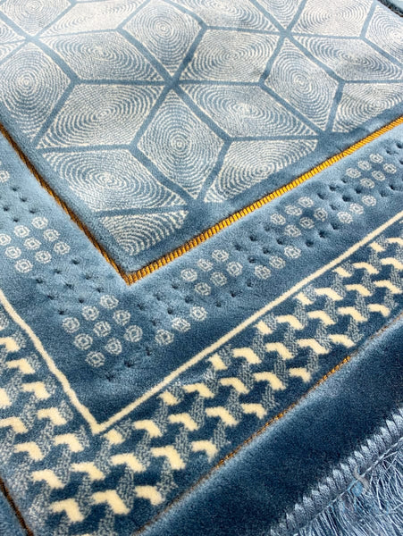 Luxury Plush Memory Foam Prayer Rug - Geometric Blue - Prayer Rugs - Siraj