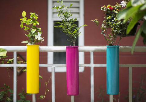 Hang On! Balcony Planters