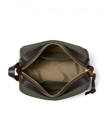Filson Travel Kit Otter Green - Still Life - 2