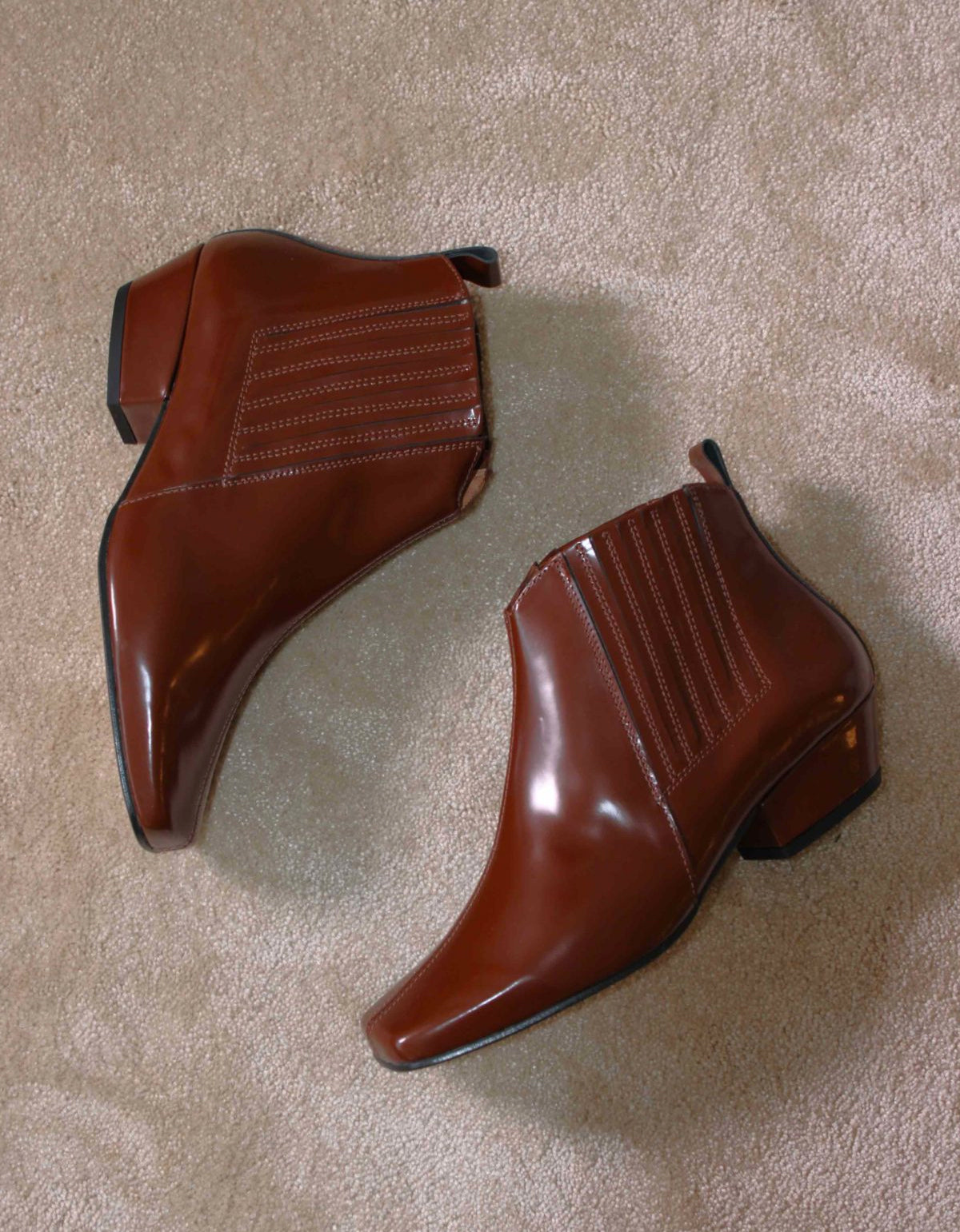 About Arianne Gloria Boot Brandy