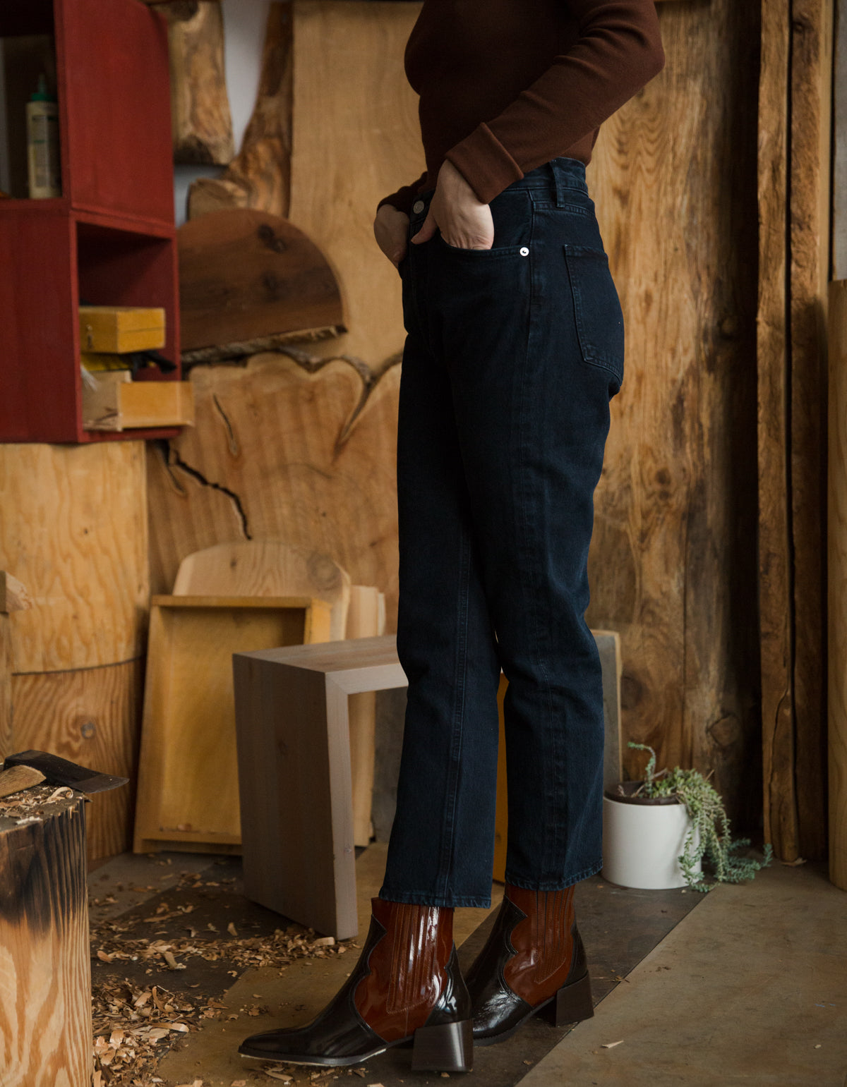 AGOLDE Riley Crop Hi Rise Straight Jean, Satellite