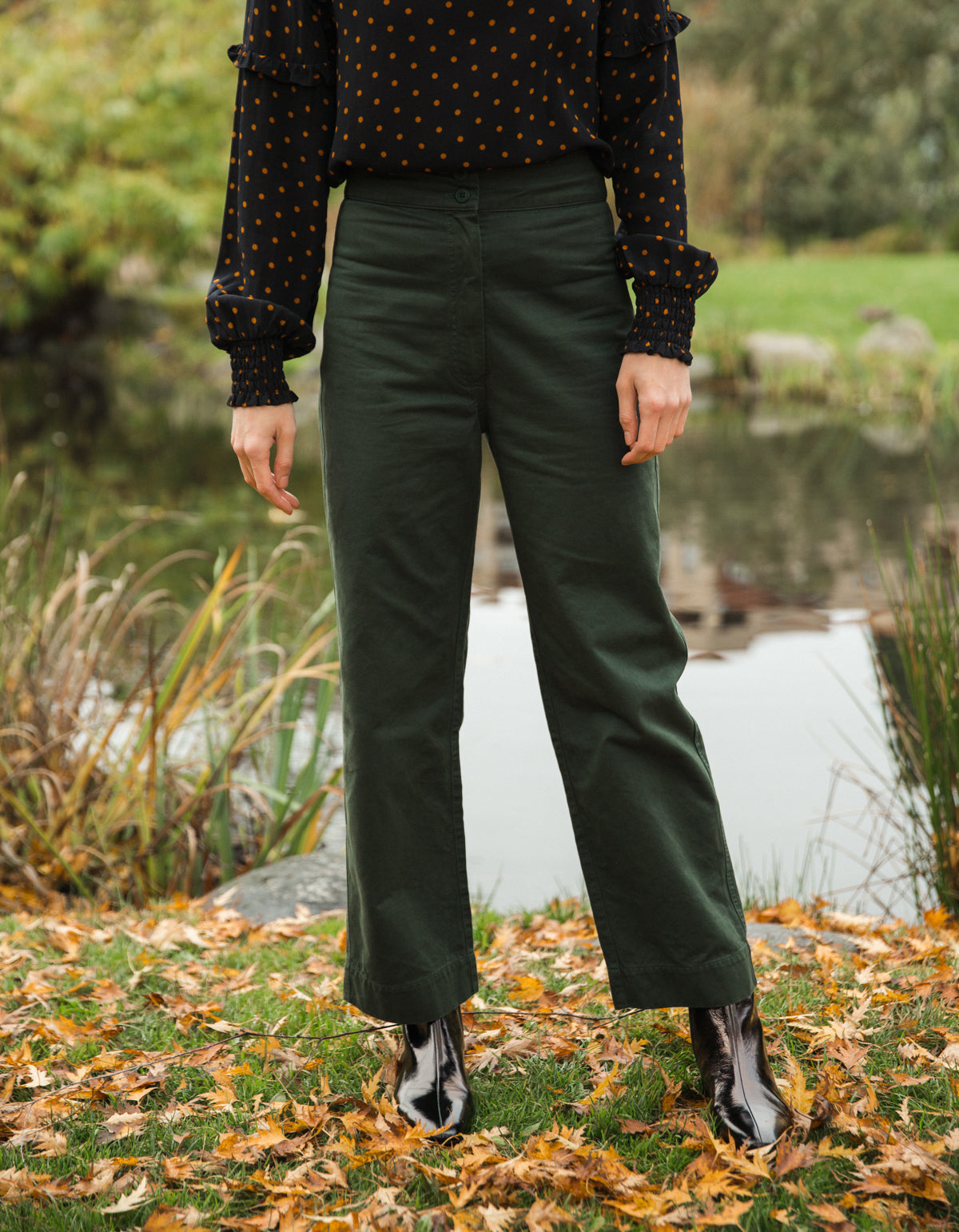 Ali Golden Cotton Fly-Front Pant Hunter