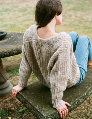 Bare Knitwear Layer V Classic Sweater Sand