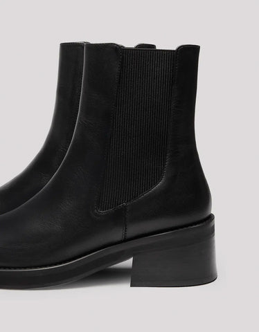 E8 by Miista Thea Boot in Black