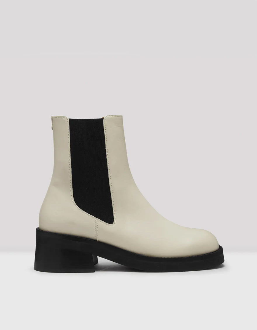 E8 by Miista Thea Boot in Off White